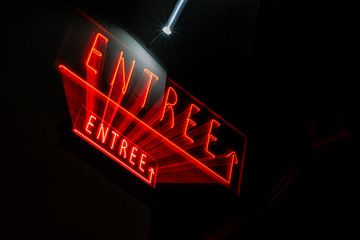 Neon Letters Entree van