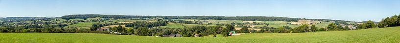 Panorama van het Geuldal in Zuid-Limburg van John Kreukniet
