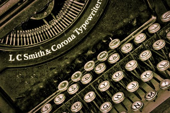 vintage typemachine van eric van der eijk