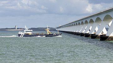 Yerseke 161 passe le pont de Zélande