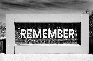 Remember bij Utah Beach, Normandië, Frankrijk van Anita Hermans