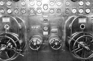 Machinekamer SS Rotterdam van Ed van der Hilst