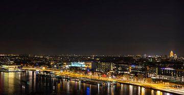 Die Nacht bricht über Amsterdam herein von Peter Bartelings Photography