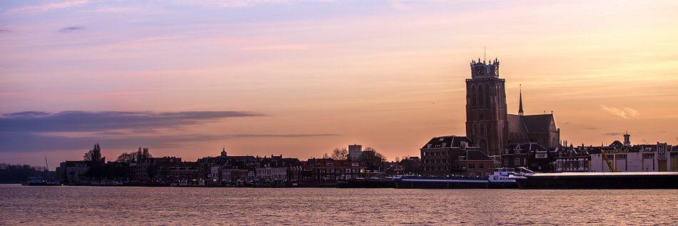 Dordrecht zondag morgen van Jeroen van Alten