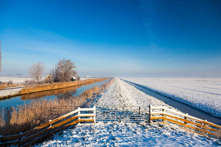 Wijds Hollands winterlandschap van Inge van den Brande