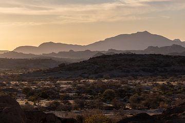 Afrika - Landschaft Sonnenuntergang van Felix Brönnimann