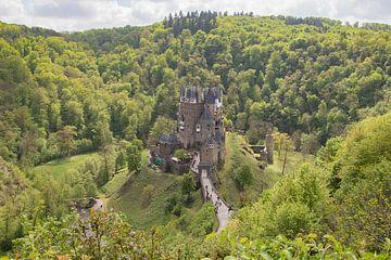 Kasteel Burg Eltz, Duitsland van Marijke Arends-Meiring