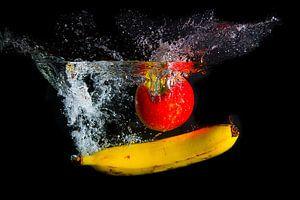 Splashing fruit!