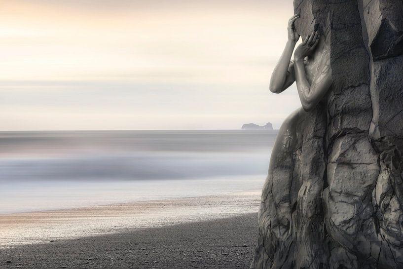 Lady Black Beach van Arjen Roos
