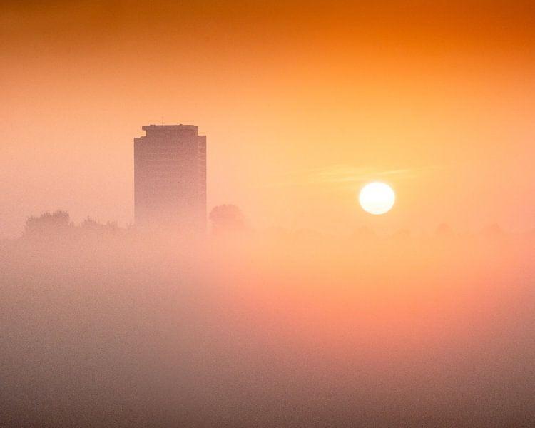 Zonsopkomst toren van Ruud Peters