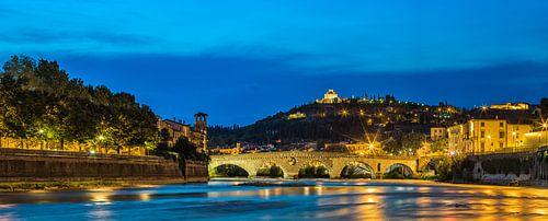 Ponte Pietra @ blue hour
