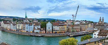 Zurich skyline panorama sur Dennis van de Water