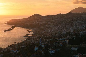 Coucher de soleil de Madère Funchal sur Jean Claude Castor