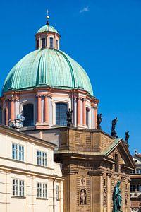 PRAGUE 11 van
