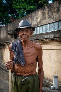 Porträt eines Mannes auf Bali von Ellis Peeters