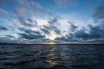 Zonsondergang in Reeuwijk von Lucas De Jong
