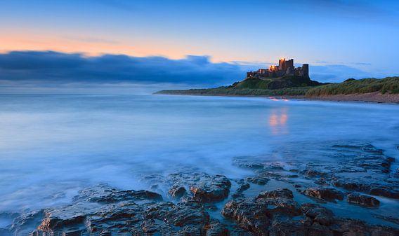 Bamburgh Castle - England van Henk Meijer Photography