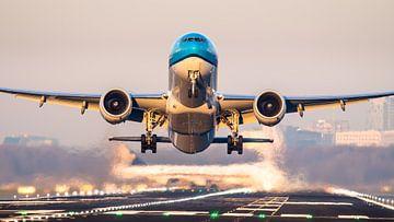 KLM 777 take-off vanaf Schiphol van