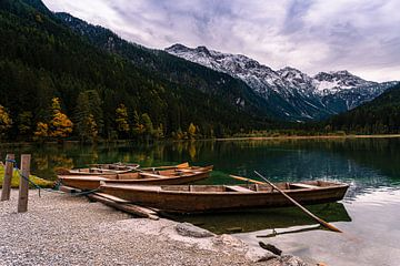 Boote am See von Jens Sessler