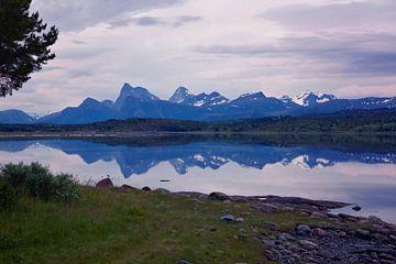 Mystieke zomernacht in het hoge noorden van Gisela Scheffbuch