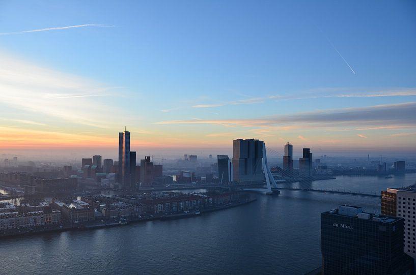 Vroege winterochtend in Rotterdam  van Marcel van Duinen