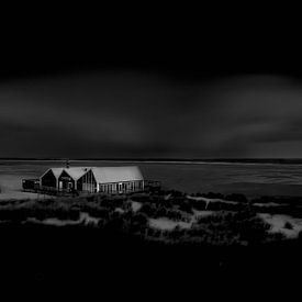 Texel in de duisternis. van Justin Sinner Pictures ( Fotograaf op Texel)
