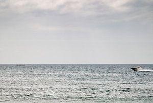Speeding across the sea