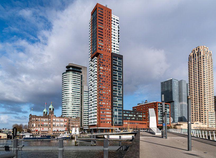 Oud en nieuw op de Wilhelminapier in Rotterdam van Ingrid Aanen