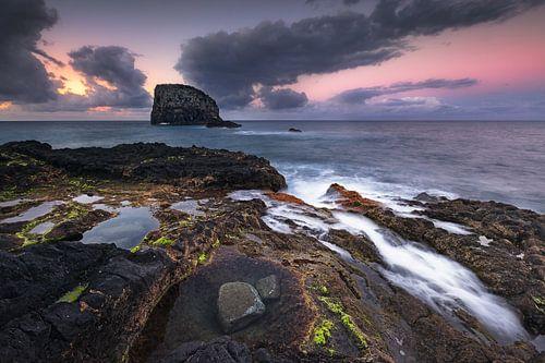 Tidal Pools at Afterglow (Porto da Cruz / Madeira / Portugal) van Dirk Wiemer