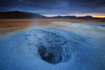 Liefde in Hverir, IJsland van Sven Broeckx