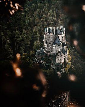 Burg Eltz von Joris Machholz