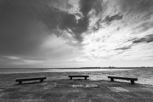 Schiermonnikoog  nabij de haven tijdens laag water