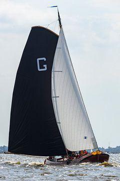 Skûtsje klassieke Friese  Tjalk zeilboot van Sjoerd van der Wal