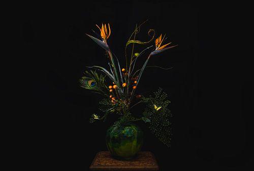 Paradijsvogelbloem in vaas, orange flowers
