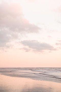 Zonsondergang In Egmond Aan Zee van Henrike Schenk