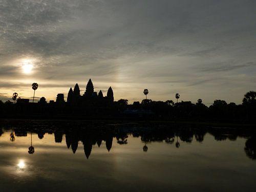 Angkor Wat by sunrise von Leen Denckens