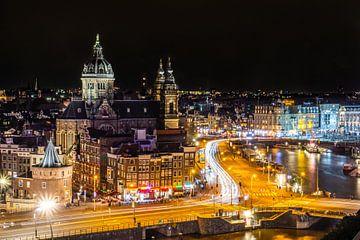 Amsterdam am Abend von Hanno de Vries