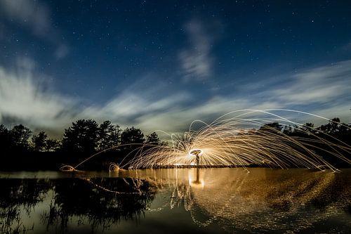 Lightpainting 7 van Eugene Klinkenberg