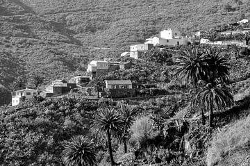 Das Dorf in den Hügeln von Carlijn van Gerrevink