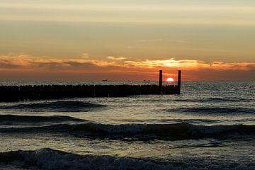 Zonsondergang Domburg, Zeeland van Erik Wouters