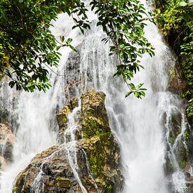 Punyaban waterval, Thailand van Johan Zwarthoed
