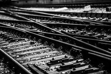 Eisenbahn von Amsterdam Central von Bart Rondeel