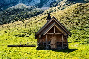 Bergkapel in Steris Alpe van Stefan Havadi-Nagy