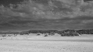 Amelander strand in zwart-wit