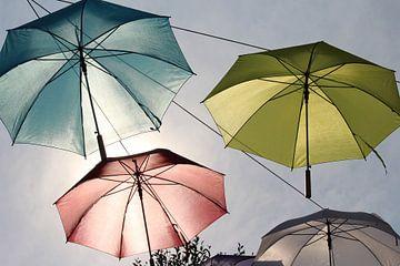 """""""floating umbrellas """" - Hangende paraplu's boven de winkelstraat van Clicksby JB"""