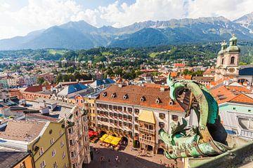 Altstadt von Innsbruck in Tirol von Werner Dieterich