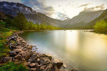 Stel je een perfecte Zwitserse zonsopgang voor van Madan Raj Rajagopal