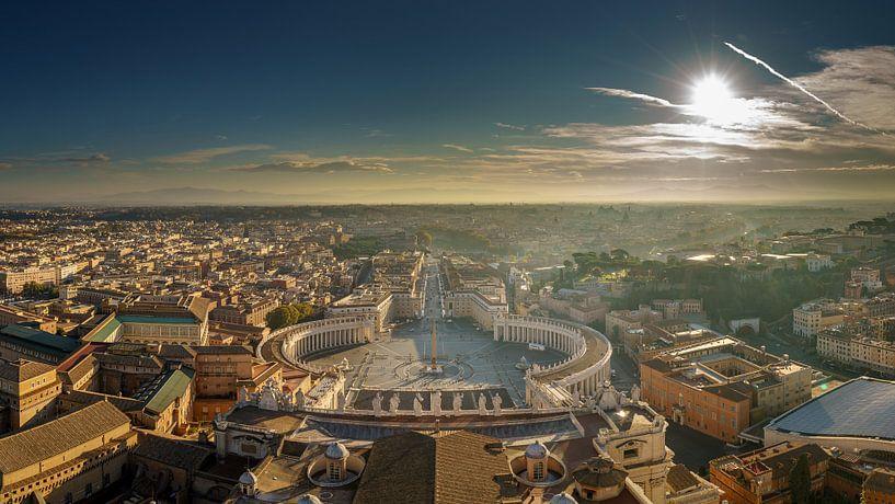 Rome, Vaticaan, uitzicht op St. Pietersplein III van Teun Ruijters