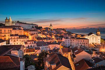 Sonnenaufgang in Lissabon von Michael Abid