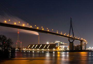 Pont Köhlbrand Hambourg de nuit sur Nils Steiner